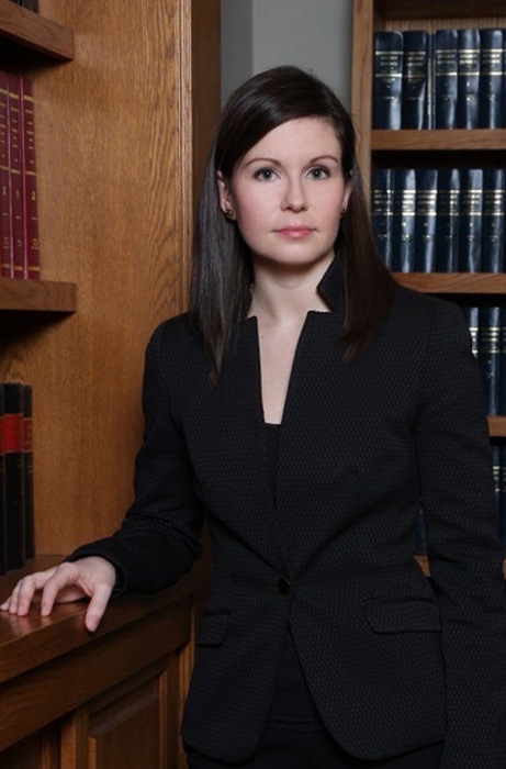 Danielle Landry headshot