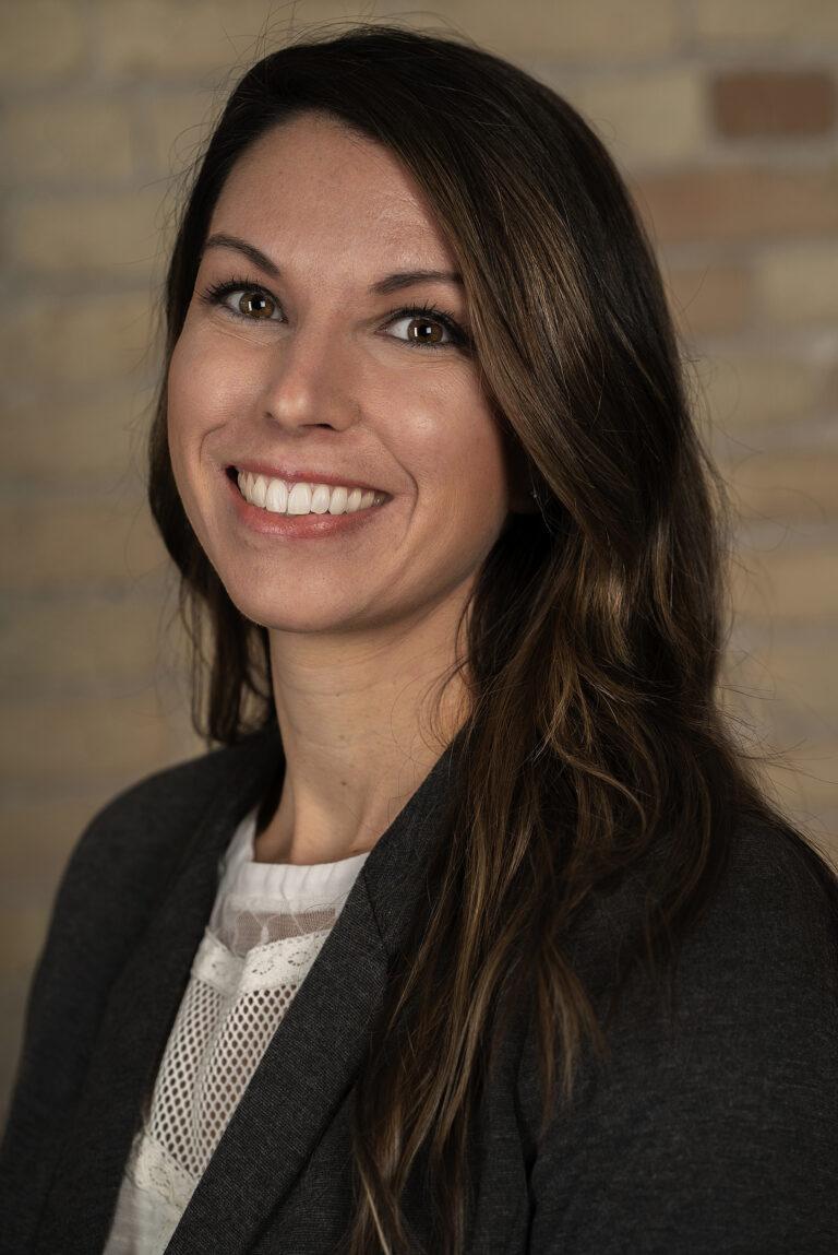 Sarah Van Driel headshot